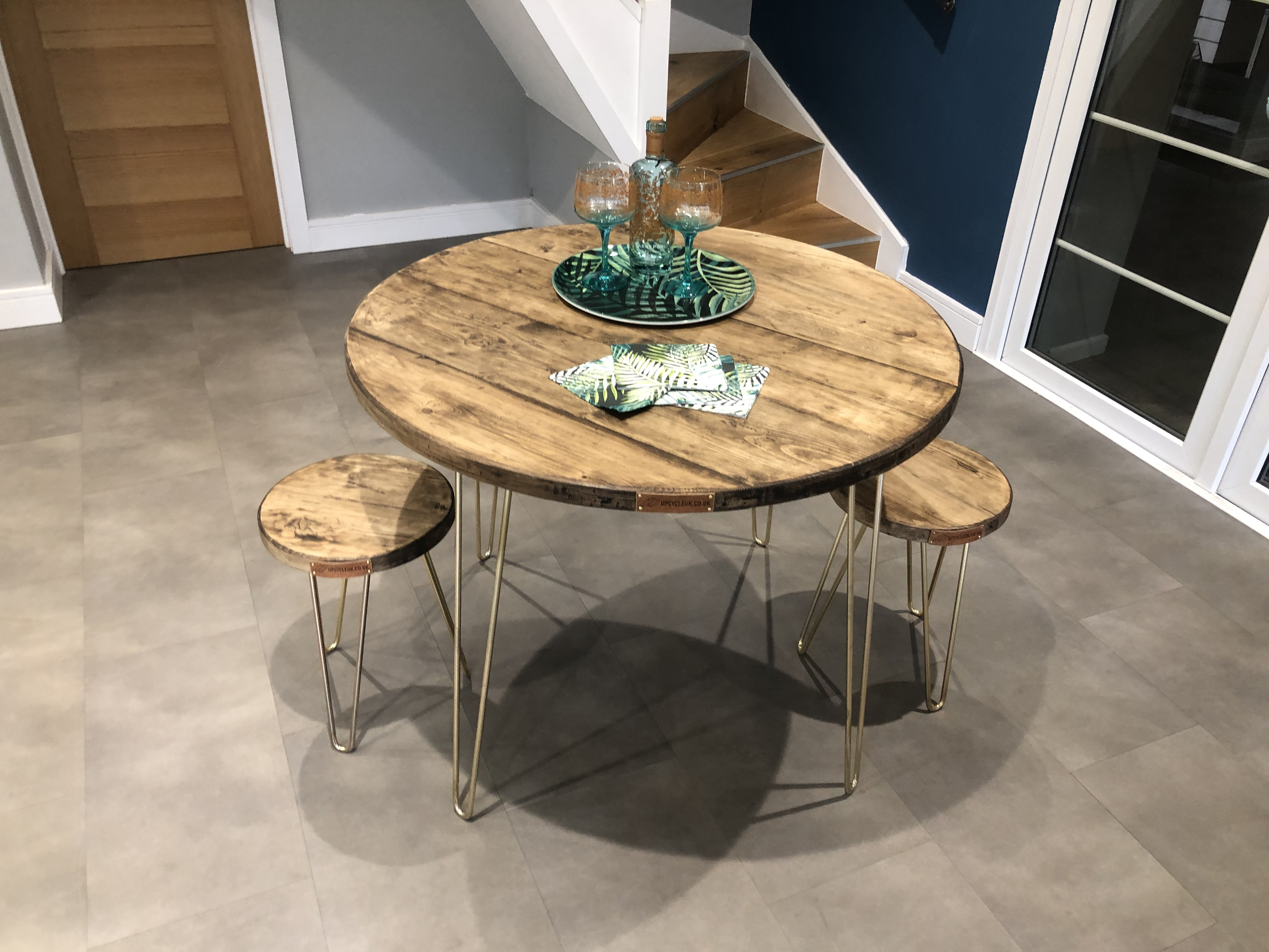 Hairpin Round Dining Tables Upcycle U K, Round Kitchen Tables And Chairs Uk